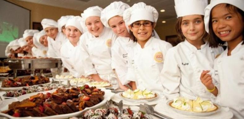 kids-cooking-camp-at-42